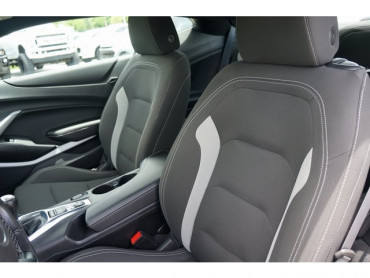 2018 Chevrolet Camaro - Image 13