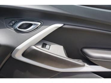 2018 Chevrolet Camaro - Image 17