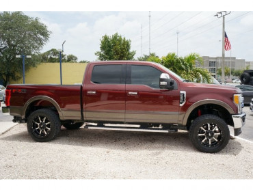 2017 Ford F-250SD - Image 4