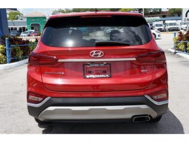 2019 Hyundai Santa Fe - Image 5